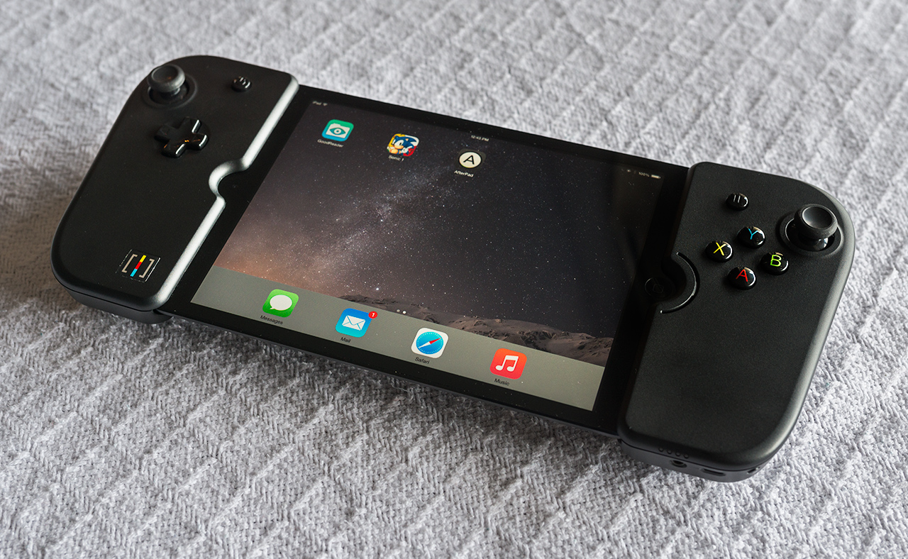Picture of the Gamevice for iPad Mini