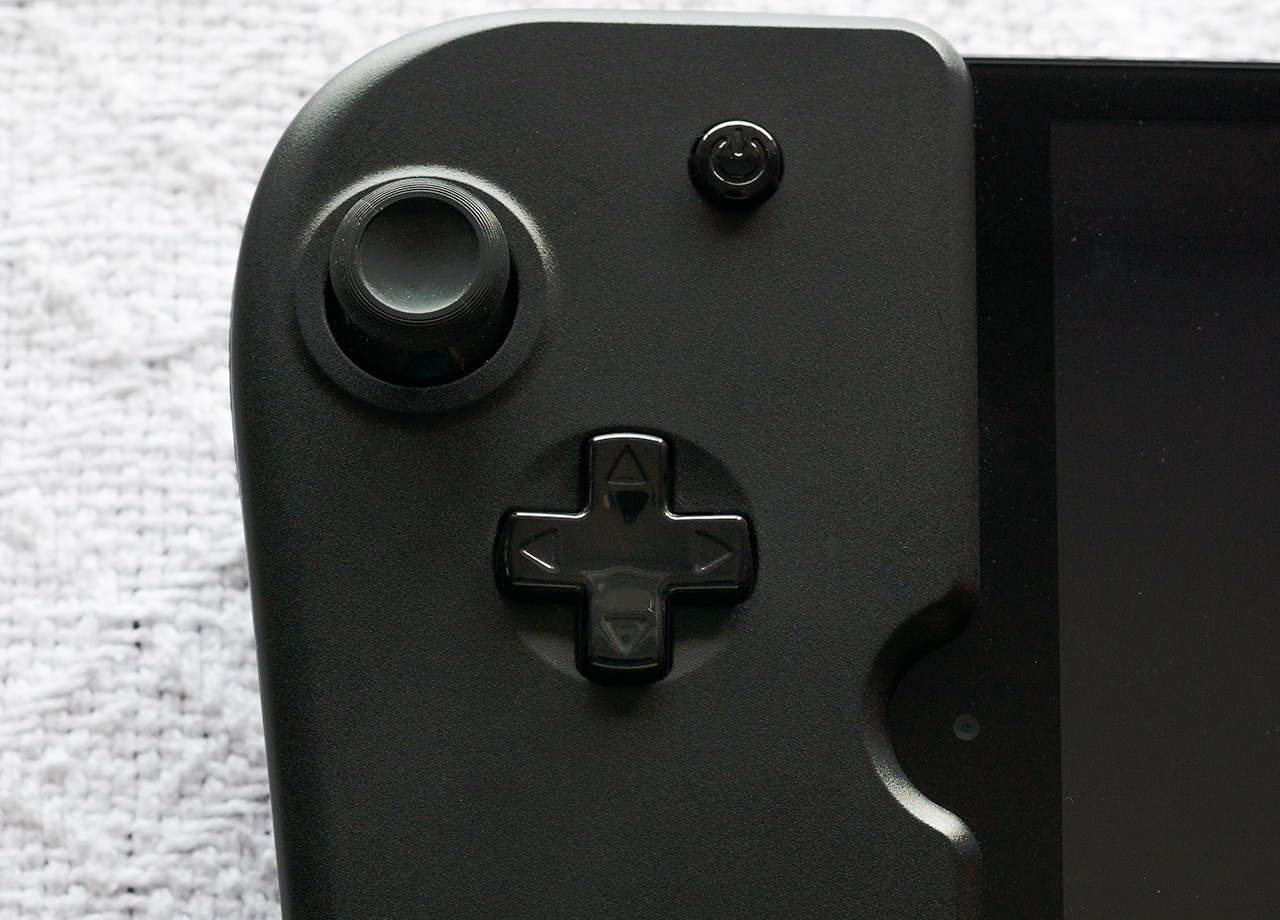 The Gamevice's D-Pad and Analog Stick